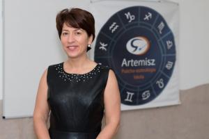 Asztrológiai témájú hanganyagok, videók Artemisz Asztrológia Iskola és Önismereti Műhely Debrecen